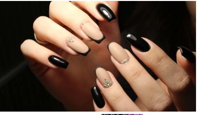 lavoro nella nail art
